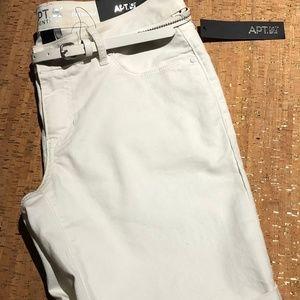 Women's APT 9 BERMUDA shorts size 8 NWT